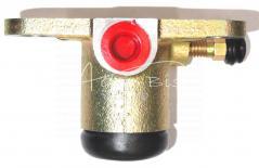 Cylinderek hamulcowy ZETOR lewy 72452615