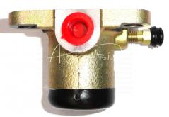 Cylinderek hamulcowy ZETOR lewy 78227019