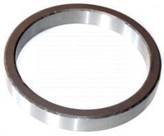 Pierścień zwolnicy osi przedniej C385