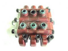 Rozdzielacz hydrauliczny trzysekcyjny ( 3sekcyjny ) 504099503 Bizon